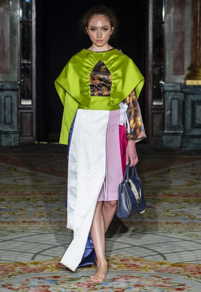 Voluminous cape japanese fashion Noah Christian Basalt Bag
